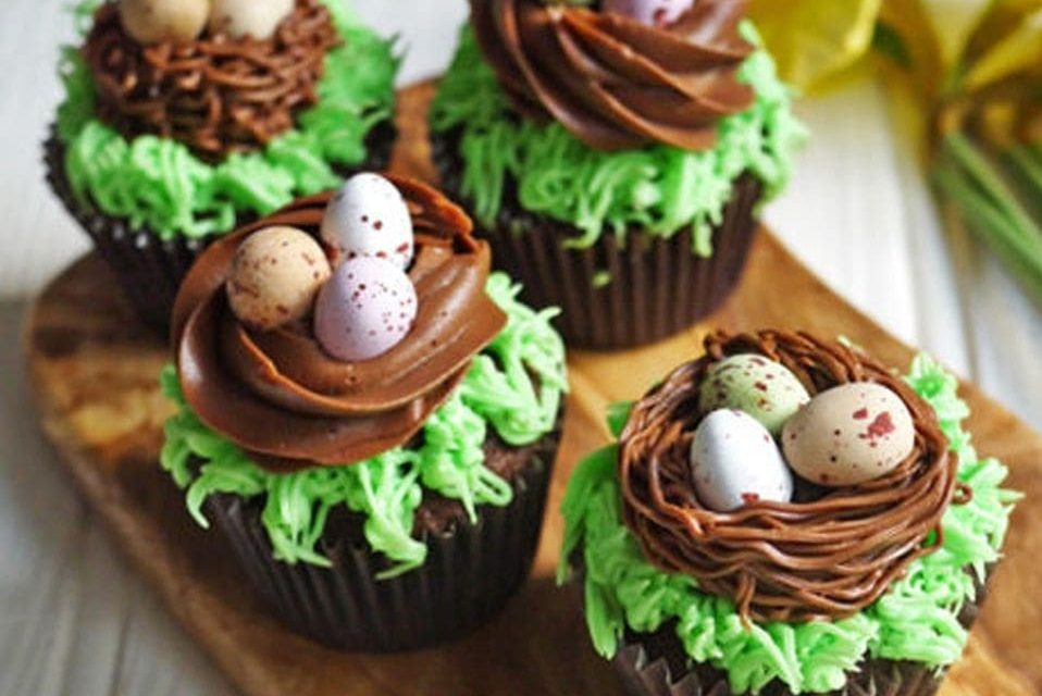 8 Super Easy And Delicious Easter Cupcake Ideas [Quick To Make]