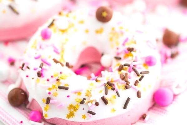 donut shaped bath bomb, an easy thing to make and sell online
