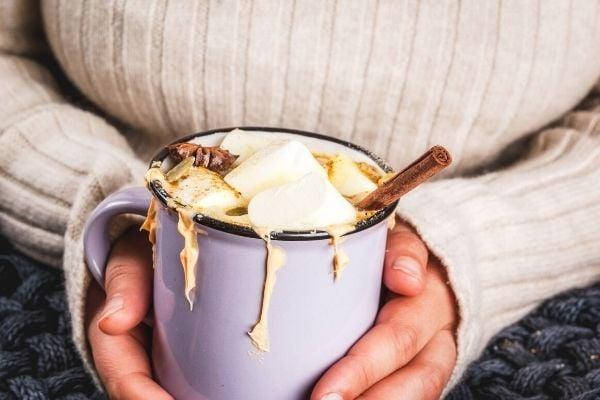 fall-drinks-sweet-hot-chocolate-recipe