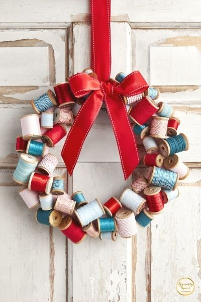 DIY wooden spools wreath for Christmas