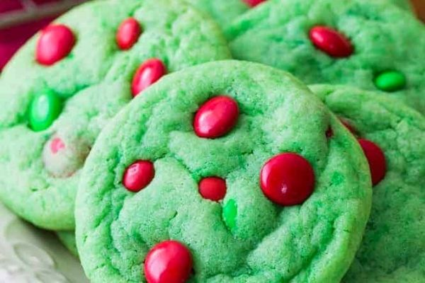 grinch themed easy Christmas cookies