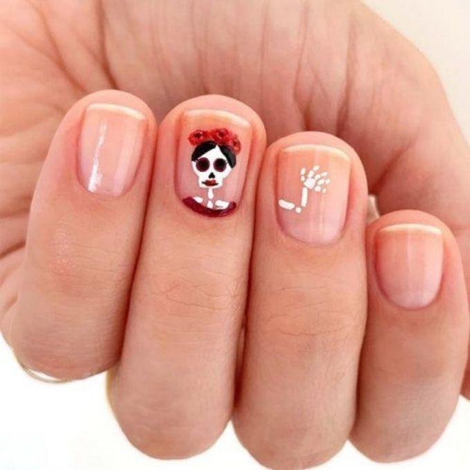 short nail simple easy Halloween nails