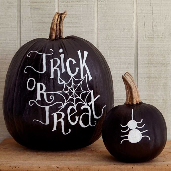chalkboard painted pumpkin idea
