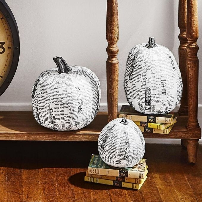 newspaper unique pumpkin painting ideas