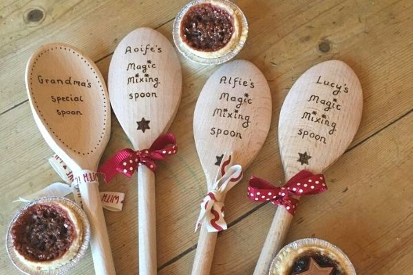 easy things to make and sell out of wood, wooden spoons