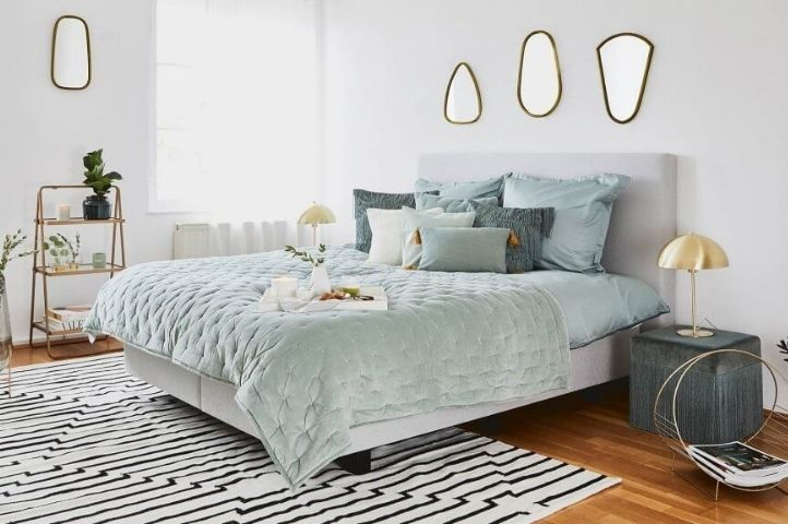 bright art deco bedroom 1930's style