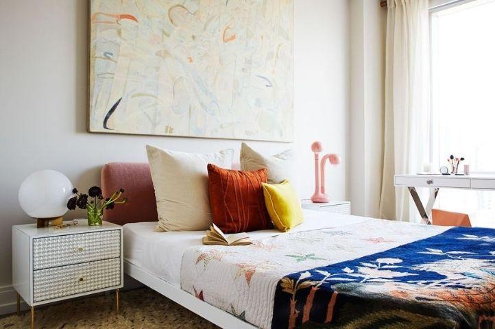 vintage art deco bedroom idea